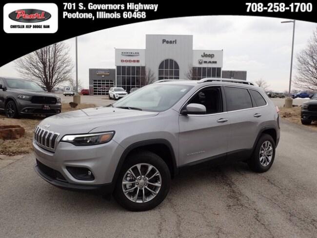 New 2019 Jeep Cherokee LATITUDE PLUS 4X4 Sport Utility in Peotone, IL