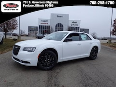 2019 Chrysler 300 TOURING AWD Sedan for sale in Peotone, IL