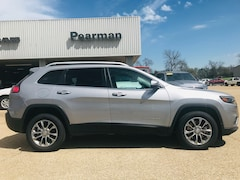 New 2019 Jeep Cherokee LATITUDE PLUS FWD Sport Utility 1C4PJLLB3KD395796 for sale in Alto, TX at Pearman Motor Company