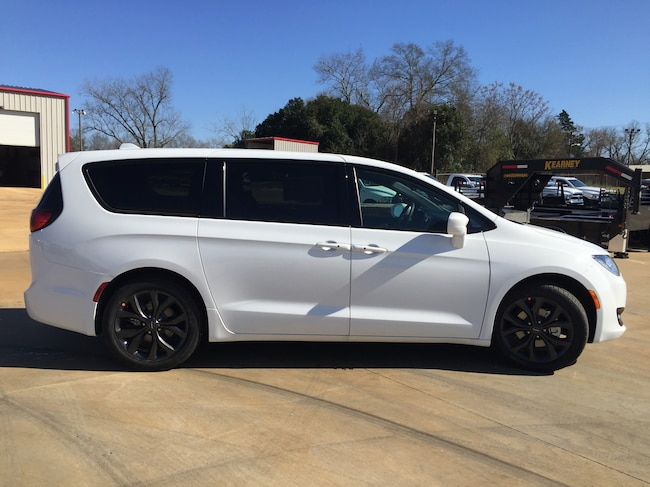 New 2019 Chrysler Pacifica TOURING PLUS Passenger Van for sale in Alto, TX at Pearman Motor Company