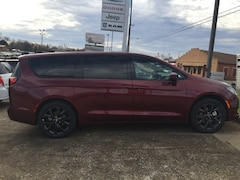 New 2019 Chrysler Pacifica TOURING PLUS Passenger Van 2C4RC1FG6KR583529 for sale in Alto, TX at Pearman Motor Company