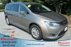 Used 2018 Chrysler Pacifica Touring L Van in Richmond, VA