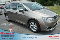 Used 2017 Chrysler Pacifica Touring-L Plus Van in Richmond, VA