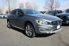 Pre-Owned 2018 Volvo V60 Cross Country T5 AWD Wagon K00140 for sale in Fort Collins, CO