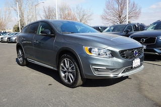Certified Pre-Owned 2018 Volvo V60 Cross Country T5 AWD Wagon K00140 for sale in Fort Collins, CO