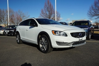 Pre-Owned 2018 Volvo V60 Cross Country T5 AWD Wagon K00130 for sale in Fort Collins, CO