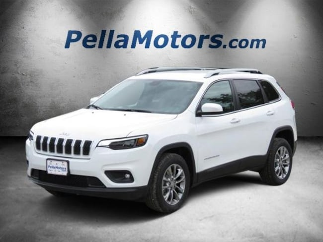 New 2019 Jeep Cherokee LATITUDE PLUS FWD Sport Utility For Sale Pella, IA