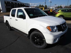 New 2018 Nissan Frontier SV V6 Truck Crew Cab near Richmond