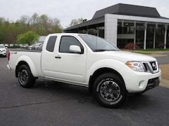 Used 2019 Nissan Frontier PRO-4X + 4WD + Navi + Camera + Bluetooth Truck Extended Cab near Richmond