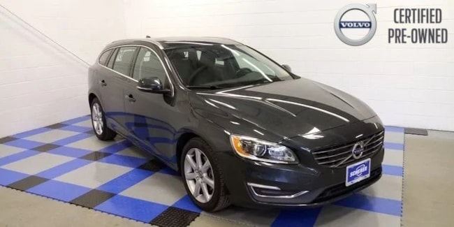 Certified Pre-Owned 2016 Volvo V60 T5 Wagon in Peoria, IL