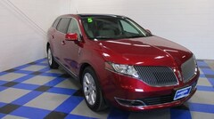 Pre-Owned 2015 Lincoln MKT Ecoboost SUV in Peoria IL