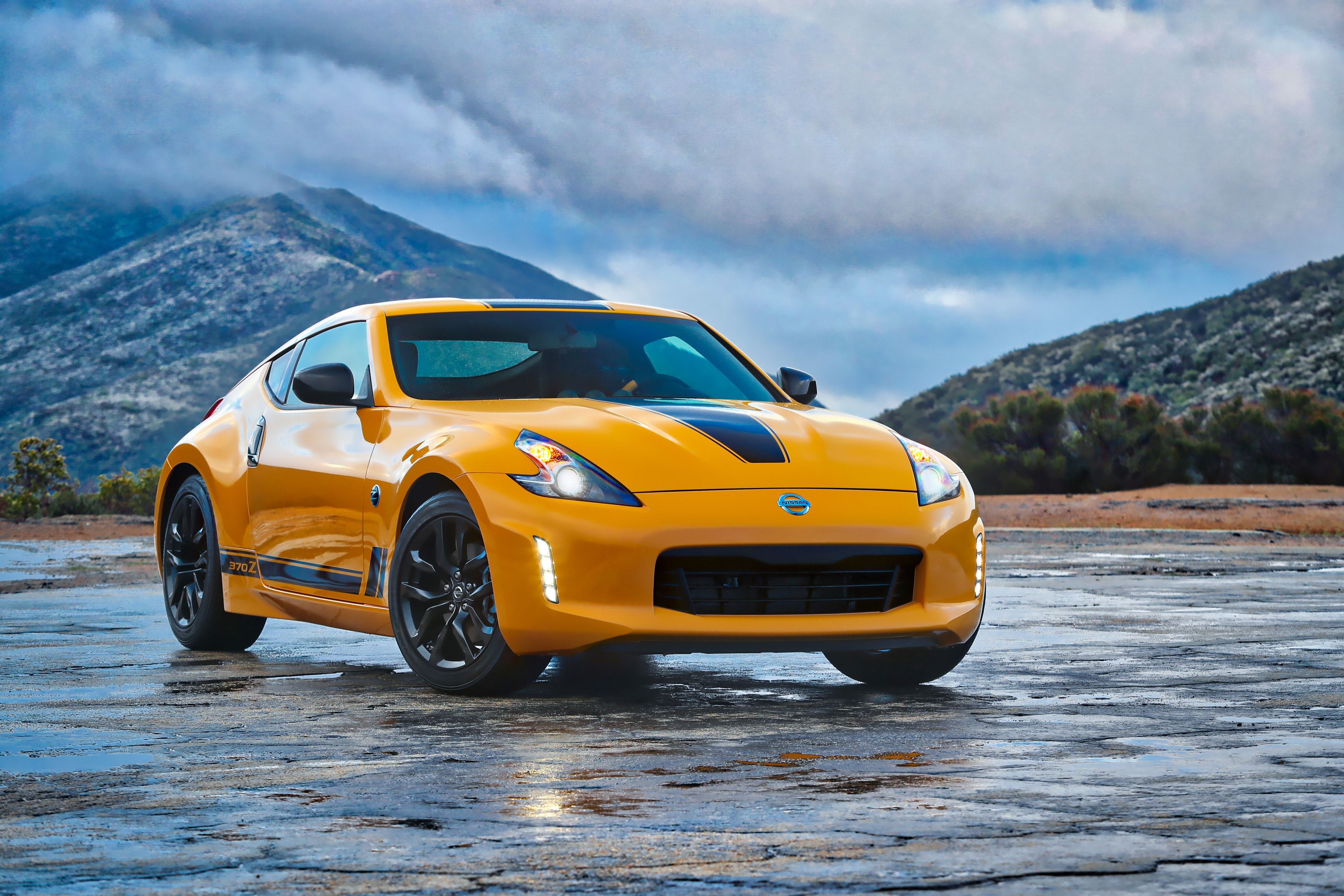 2018 Nissan 370Z Chicane Yellow Heritage Edition