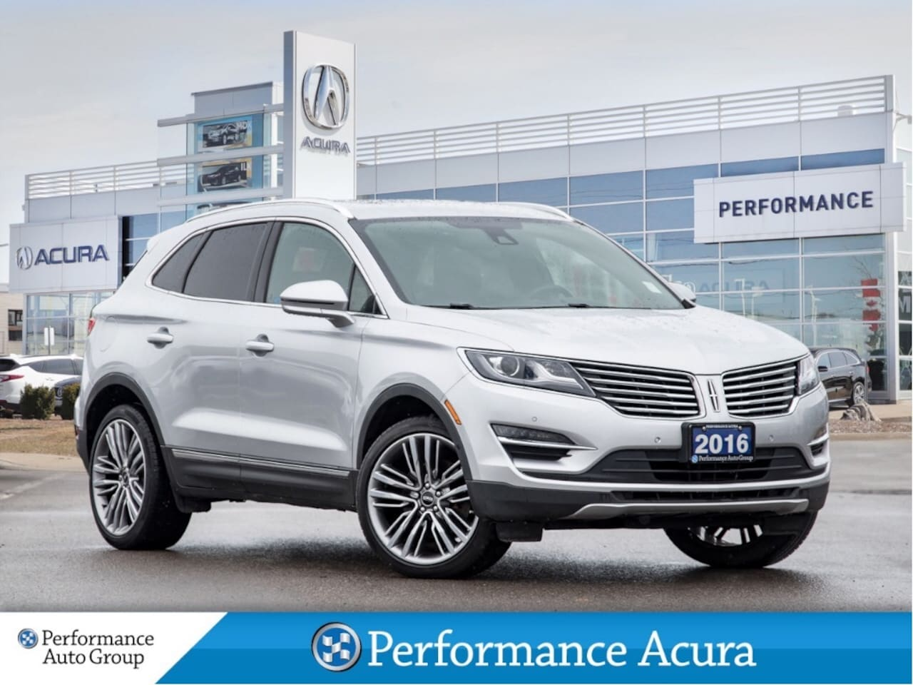 2016 Lincoln MKC Reserve. Leather. Navi. Htd Seats. Roof. Alloys SUV