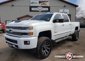 2017 Chevrolet Silverado 2500HD LT 3.5 inch RCX LIFT WHEEL/TIRE PKG!
