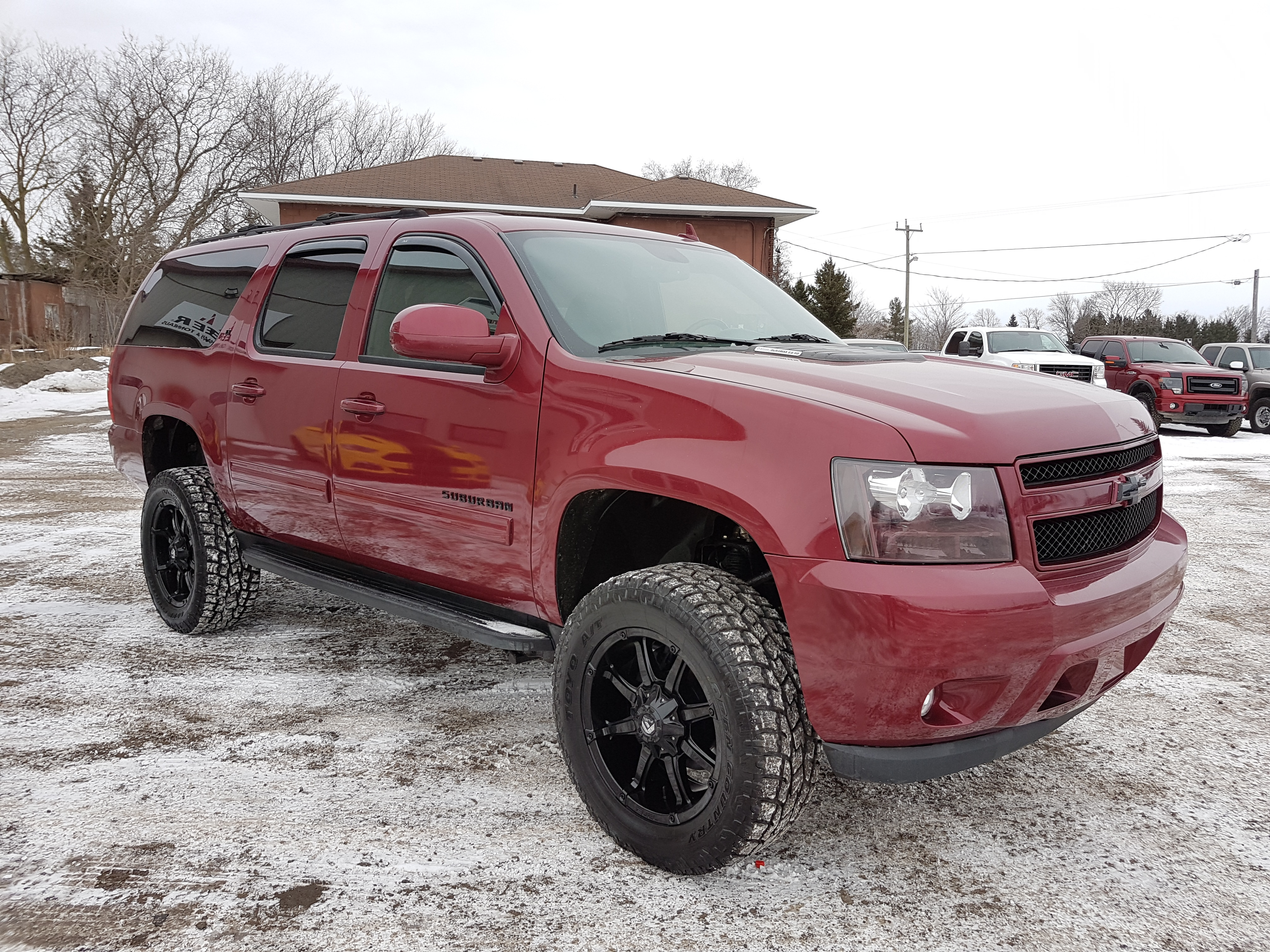 used 2014 chevrolet suburban 2500hd duramax diesel for sale belleville on. Black Bedroom Furniture Sets. Home Design Ideas