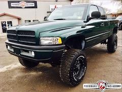 2001 Dodge Ram 2500 MINT LIFTED CUMMINS DIESEL!! Truck