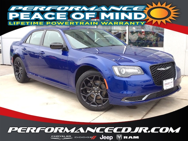 New 2019 Chrysler 300 TOURING Sedan near Fayetteville