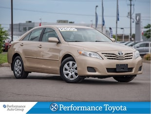 2010 Toyota Camry LE. KEYLESS. CRUISE. ACCIDENT-FREE Sedan
