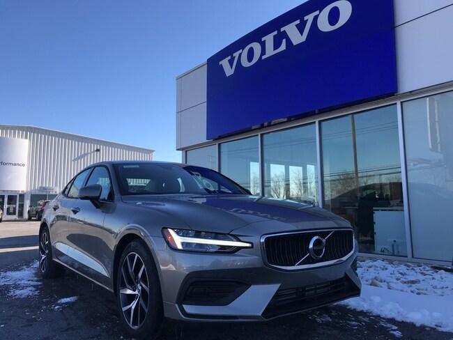 New 2019 Volvo S60 T6 Momentum Sedan Sinking Spring Pennsylvania