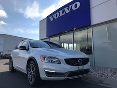 2016 Volvo V60 Cross Country Wagon Crystal White Pearl Sinking Spring Pennsylvania
