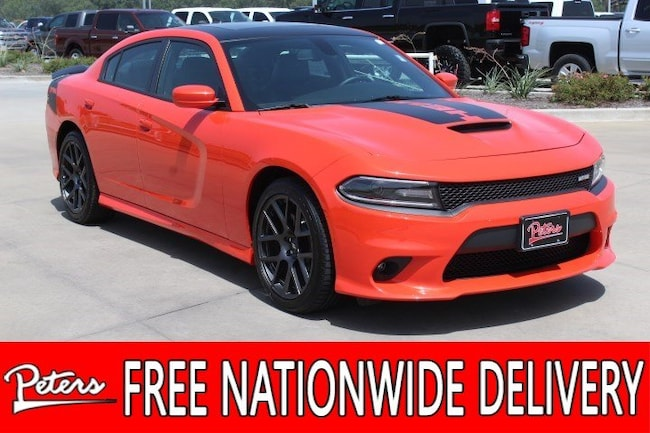 certified pre owned 2017 Dodge Charger R/T Sedan in longview TX