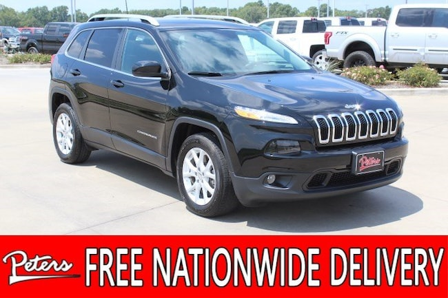 certified pre owned 2018 Jeep Cherokee Latitude Plus FWD SUV in longview TX
