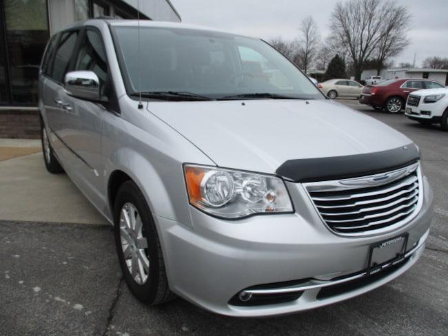 2012 Chrysler Town & Country Touring L Passenger Van
