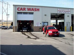 Image of quick lube & oil change service at Peterson Doge Chrysler Jeep Ram