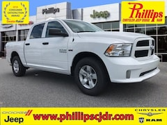 New 2018 Ram 1500 EXPRESS CREW CAB 4X2 5'7 BOX Crew Cab for sale in Ocala at Phillips Chrysler Jeep Dodge Ram