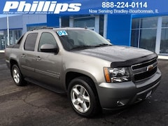 Used 2009 Chevrolet Avalanche 1500 Truck Crew Cab for sale in Bourbonnais