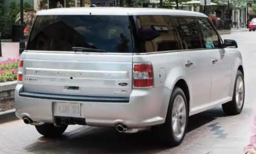 2020 Ford Flex rear exterior downtown cafe