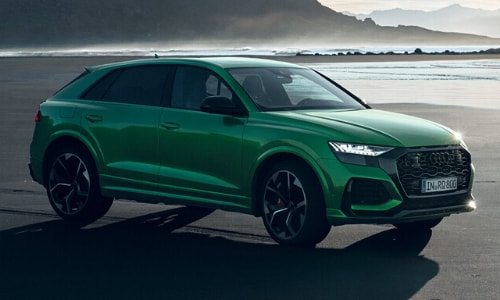 2020 Audi RS Q8 SUV exterior green color