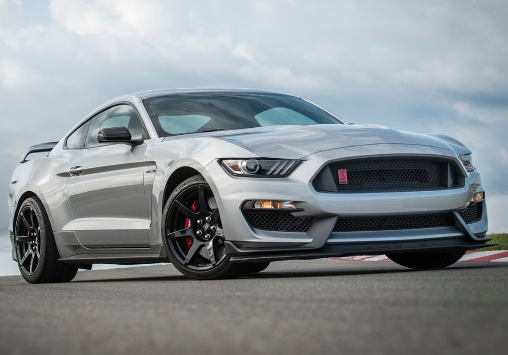 New 2020 Ford Mustang Shelby GT350R exterior design in silver color