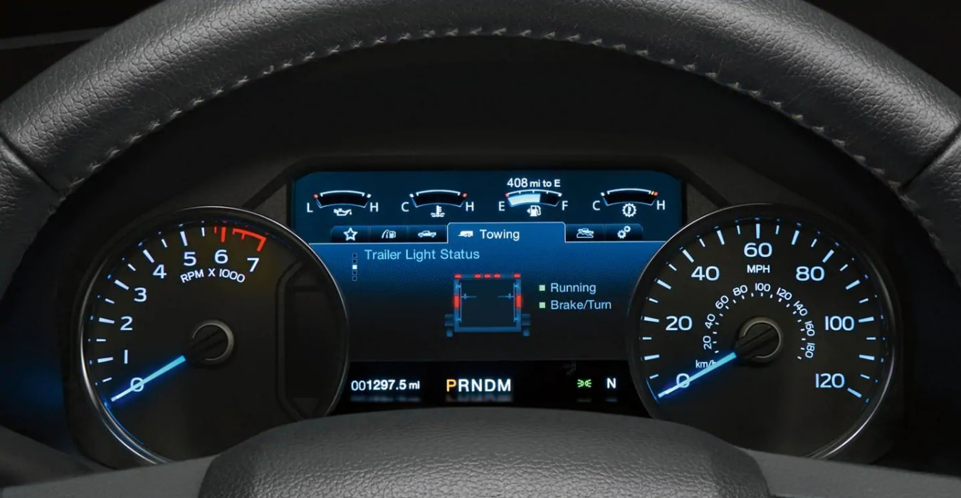 New Ford F-150 interior LCD display towing assist