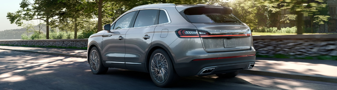 2019 Lincoln Nautilus rear exterior side view in motion