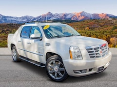 2012 Cadillac Escalade EXT Luxury AWD  Luxury