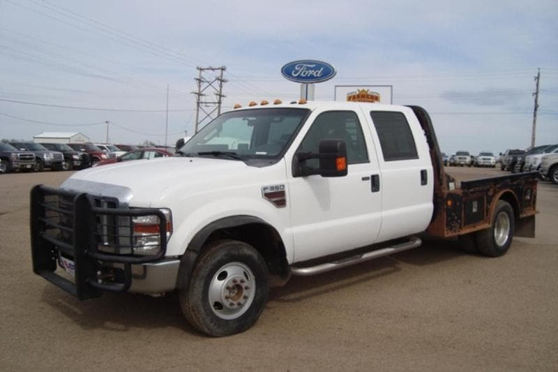2010 Ford F-350 Chassis Cab XLT Chassis Truck