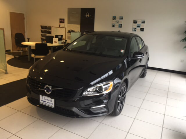 New 2018 Volvo S60 T5 AWD Dynamic Sedan In South Deerfield, MA