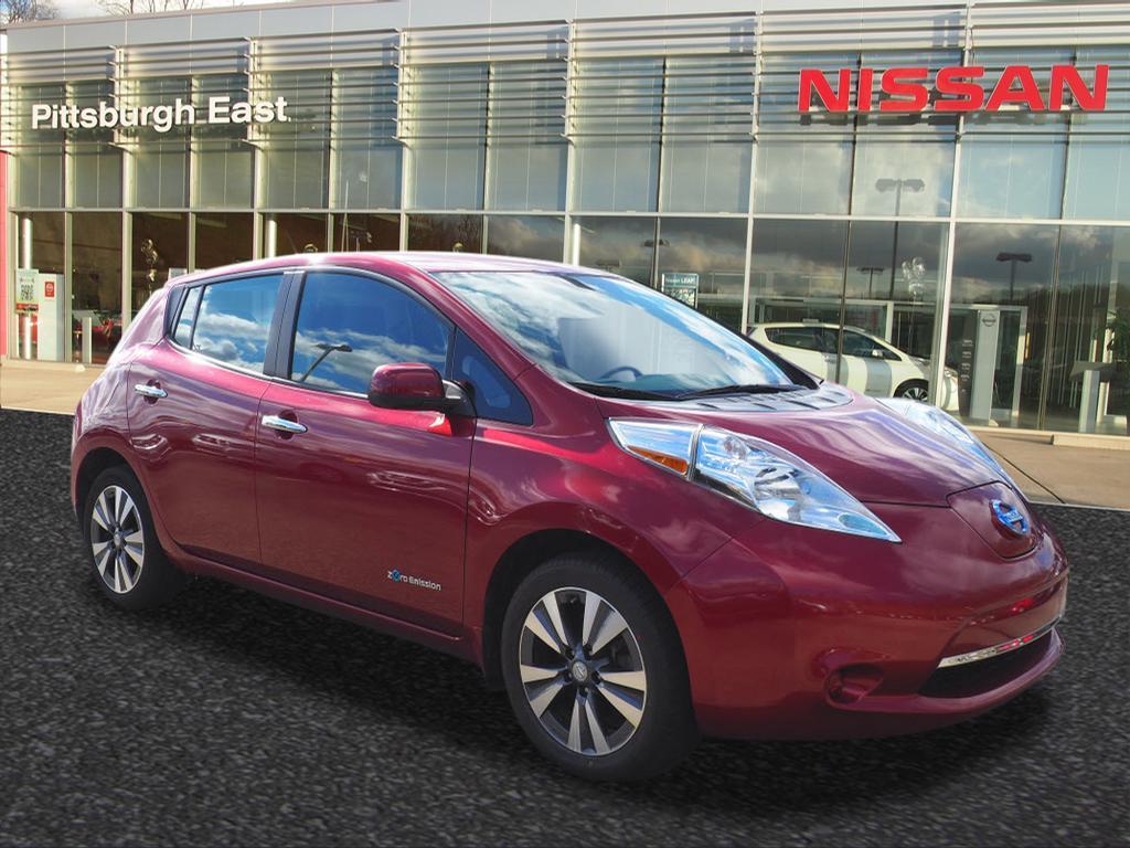2015 Nissan LEAF Hatchback