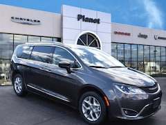 2019 Chrysler Pacifica TOURING L Passenger Van in Franklin, MA