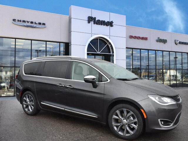 2019 Chrysler Pacifica Van Passenger Van