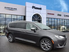 2019 Chrysler Pacifica Limited Van Passenger Van in Franklin, MA