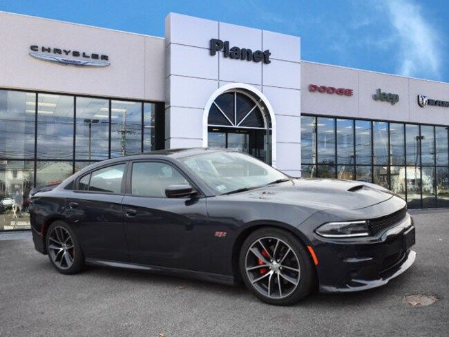 2016 Dodge Charger R/T Scat Pack RWD Sedan