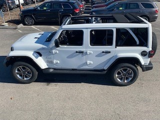 Wrangler Sky Top Open