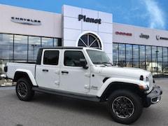 2020 Jeep Gladiator OVERLAND 4X4 Crew Cab in Franklin, MA