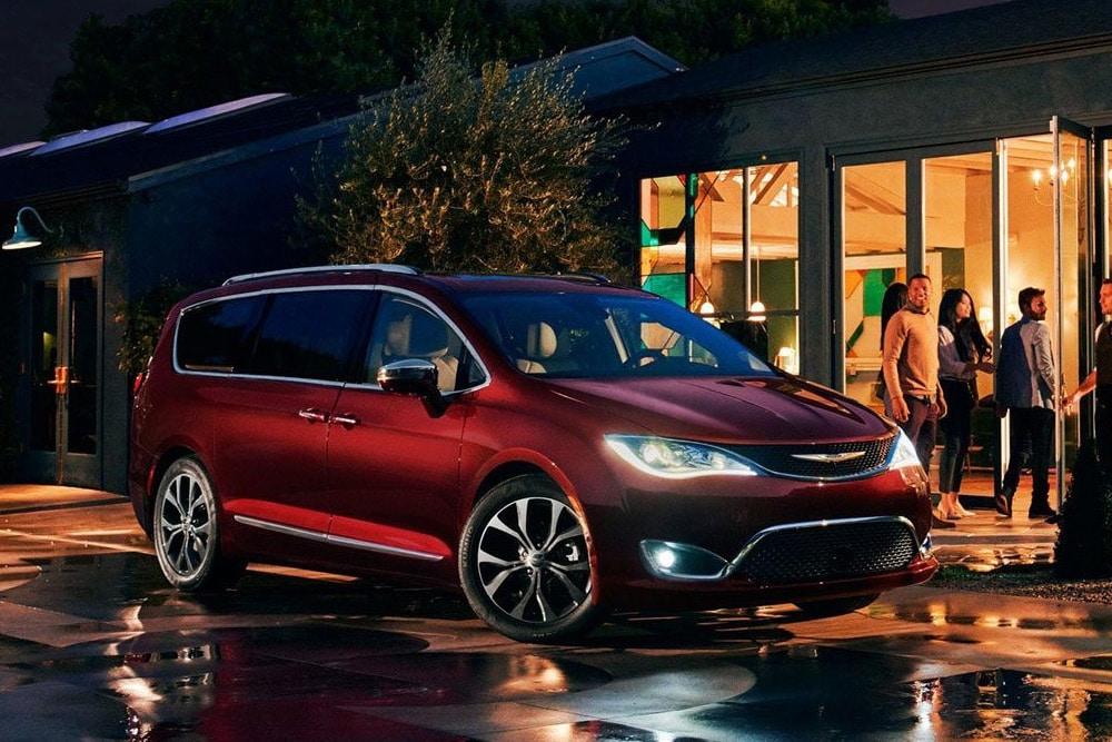 Best 2018 Minivans - Pacifica