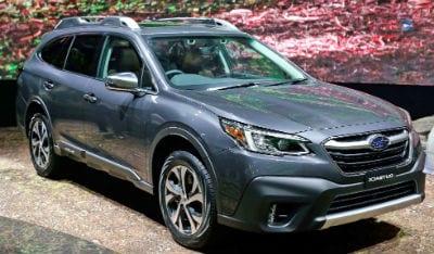 Outback Vs Crv >> Boston Subaru Dealer Subaru Outback And Honda Cr V