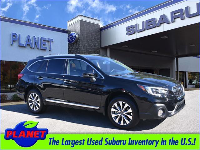 2018 Subaru Outback w/ Moonroof, Navigation, and Eyesight SUV