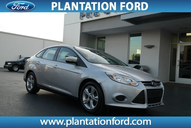 Used 2014 Ford Focus SE Sedan DYNAMIC_PREF_LABEL_AUTO_USED_DETAILS_INVENTORY_DETAIL1_ALTATTRIBUTEAFTER