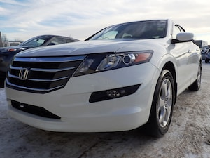2010 Honda Accord Crosstour EX-L with Navi and back up camera